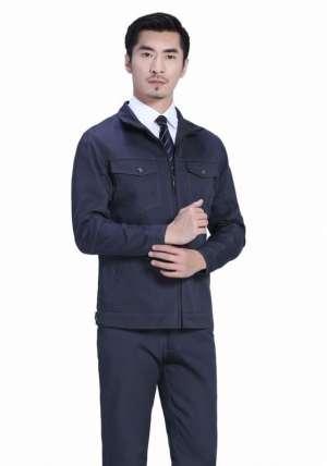 美式西服的款式特征是什么?