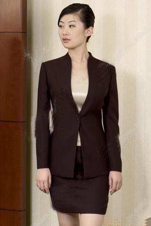 北京职业装服装加工怎样更加美观合体